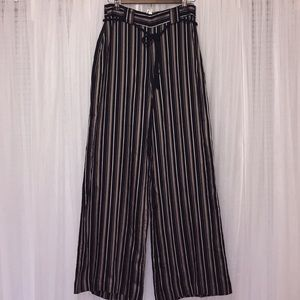 NWT H&M High Waisted Strap Pants Size 6
